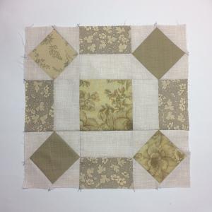 rolling stone quilt block